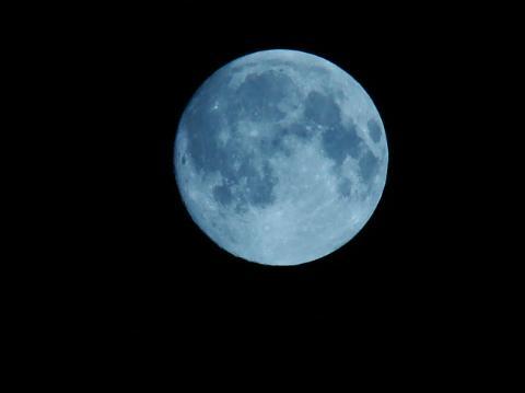 """主题:【贴图】戊子年八月十五""""打""""月亮"""